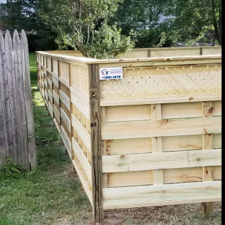 custom wood fencing Syracuse ny